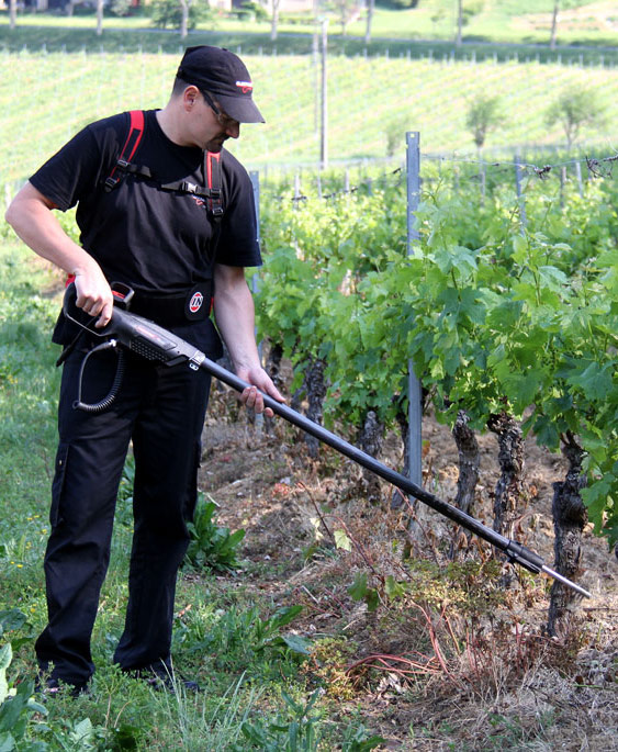 demonstration-epampreuse-electro-portative-infaco-vigne